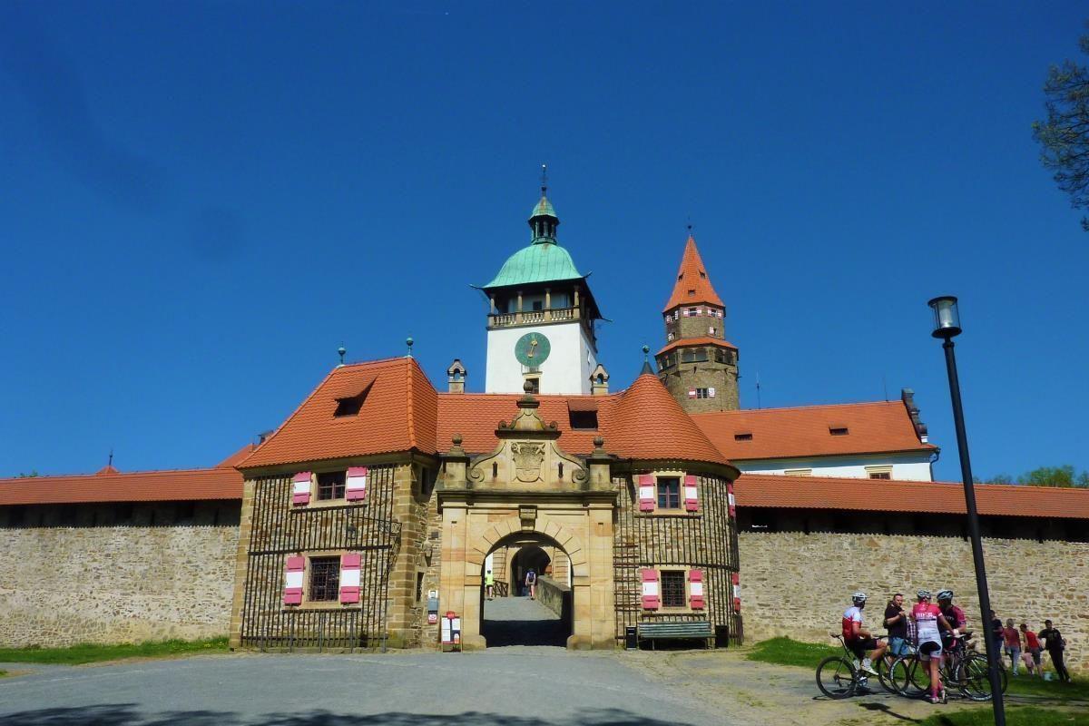 Bouzov castle a day trip from Olomouc (12)