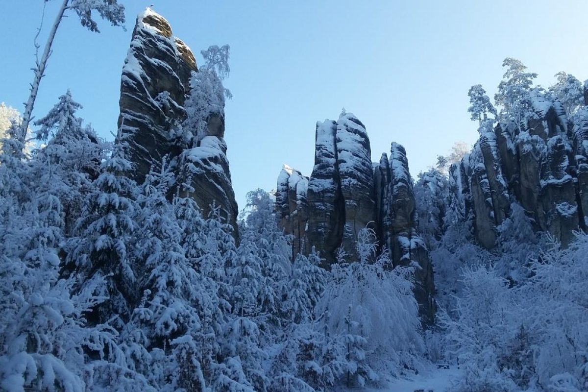 Hiking Czech Republic in winter (2)
